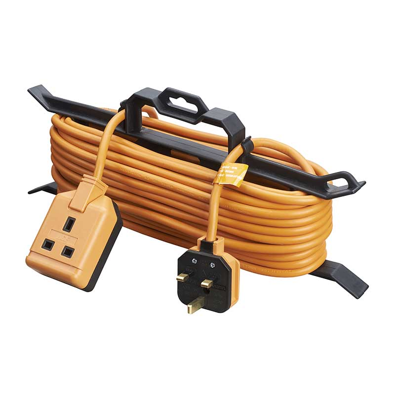 Single socket garden extension lead with cable tidy – Now Only £15.00